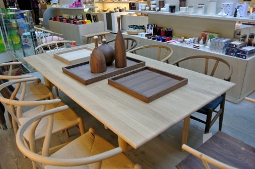 hans wenger chairs at skandium