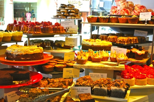cakes at ottolenghi