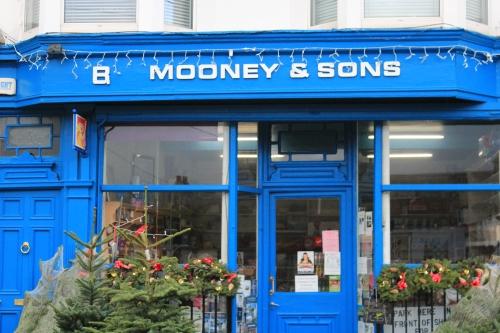 mooney & sons greysones