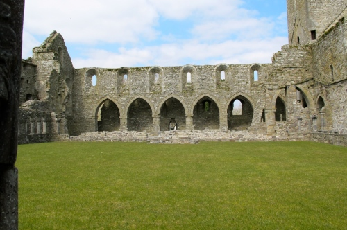 jerpoint abbey cloisters