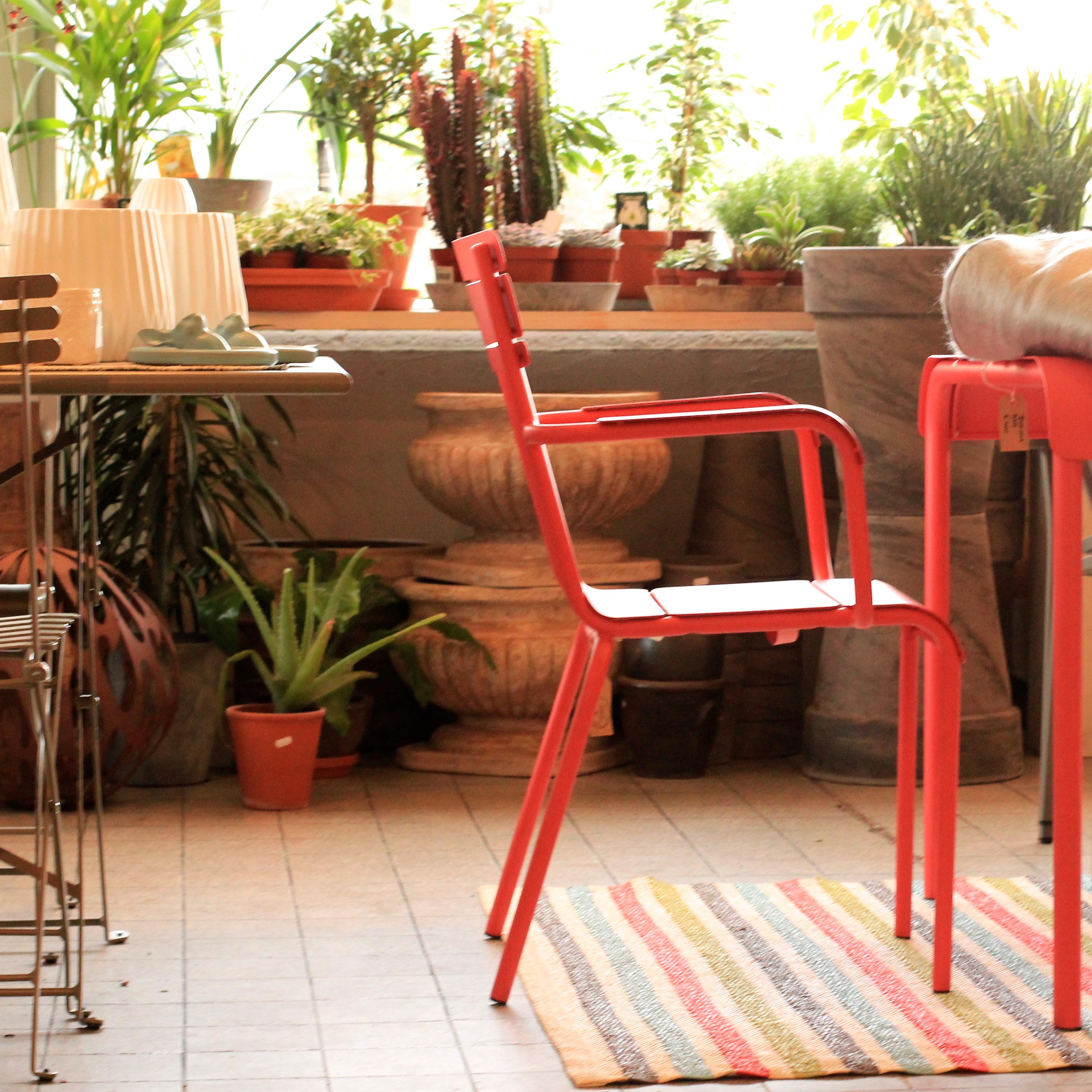 Howbeit and mays garden furniture